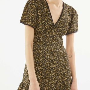 URBAN OUTFITTERS: Newport V-Neck Mini Dress yellow